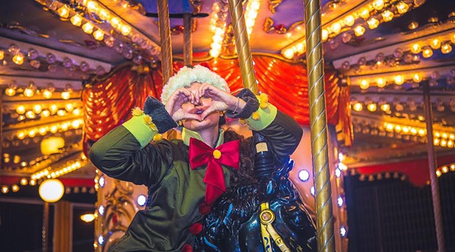 Τα Paw Patrol γιορτάζουν τα Χριστούγεννα στο Λούνα Παρκ