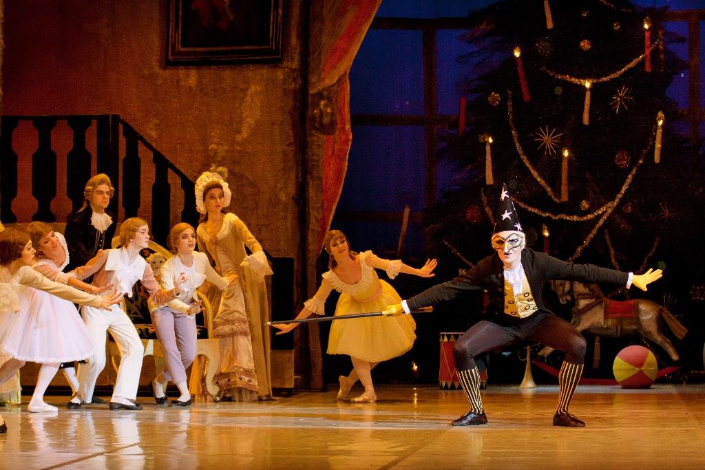 fca2bf9bc40 Καρυοθραύστης: Η μαγεία του κλασικού μπαλέτου με ζωντανή ορχήστρα ...