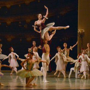 70f0557f26d Η θρυλική ακαδημία μπαλέτου Vaganova στο Christmas Theater