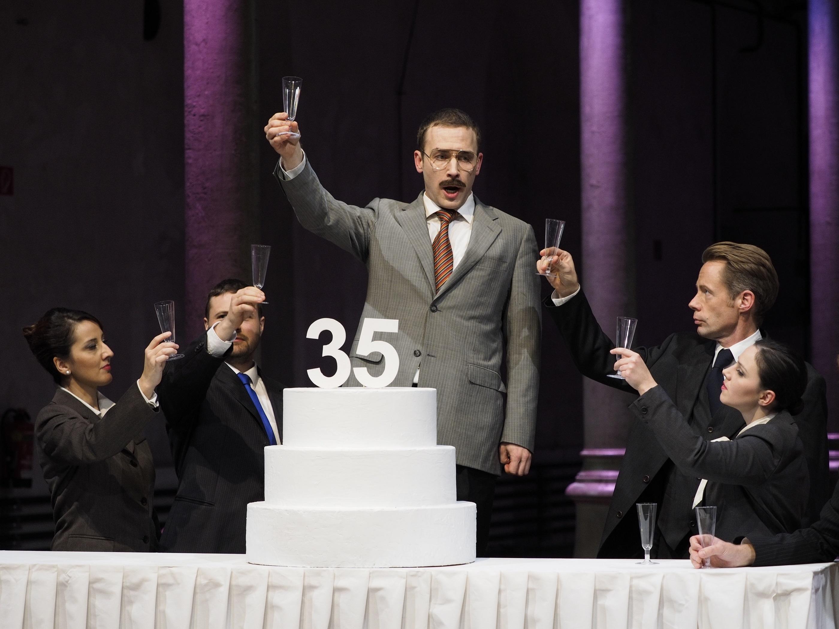 """Αποτέλεσμα εικόνας για """"Χοντορκόφσκι"""" του Περικλή Λιακάκη στην Εναλλακτική Σκηνή ΕΛΣ του ΚΠΙΣΝ"""
