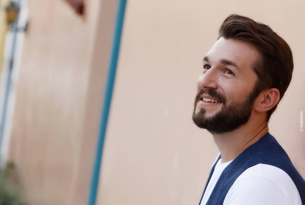 O Θοδωρής Βουτσικάκης στον Φάρο του ΚΠΙΣΝ σε μια live streaming συναυλία |  CultureNow.gr