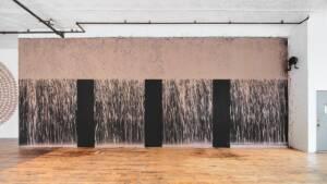 Η ατομική έκθεση του Richard Long στη γκαλερί Bernier/Eliades